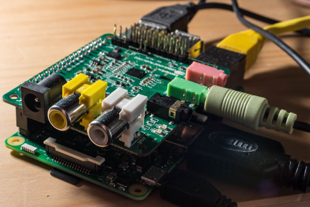 A Raspberry Pi 3 combined with Cirrus Logic audio interface.
