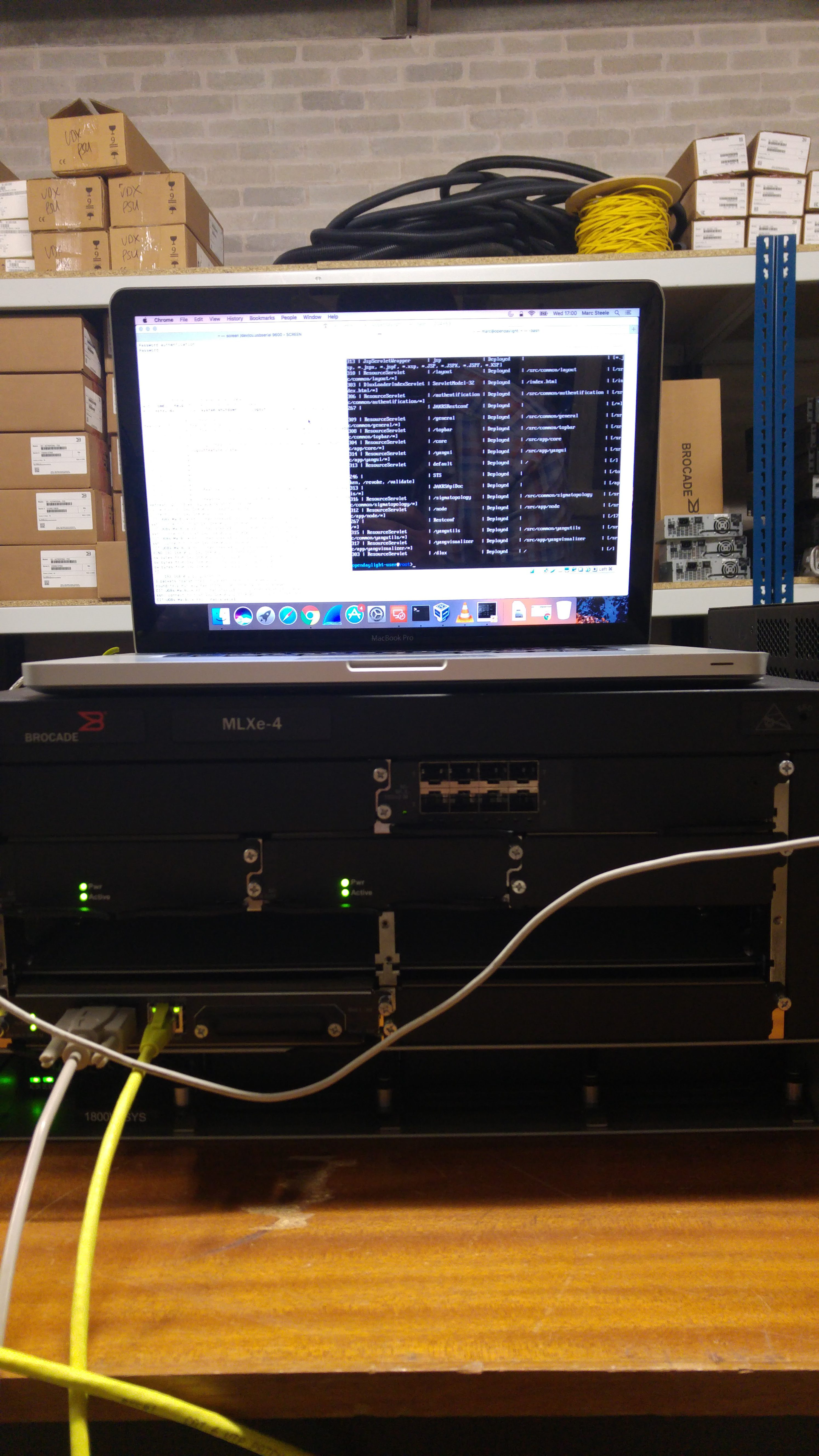 First Steps into OpenDaylight with Brocade - D/Line Radio